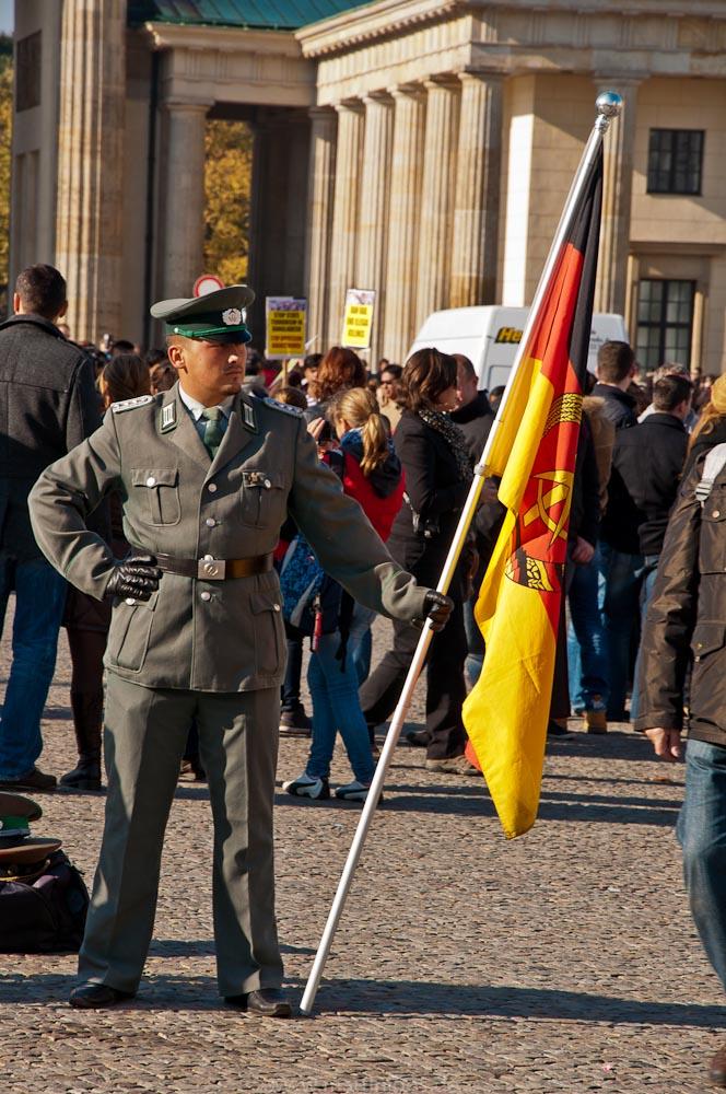 sehenswürdigkeiten-berlin-brandenburger-tor-ddr