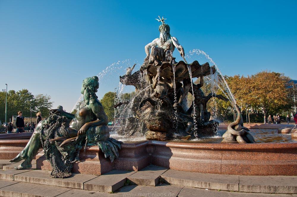 sehenswürdigkeiten-berlin-neptunbrunnen-11