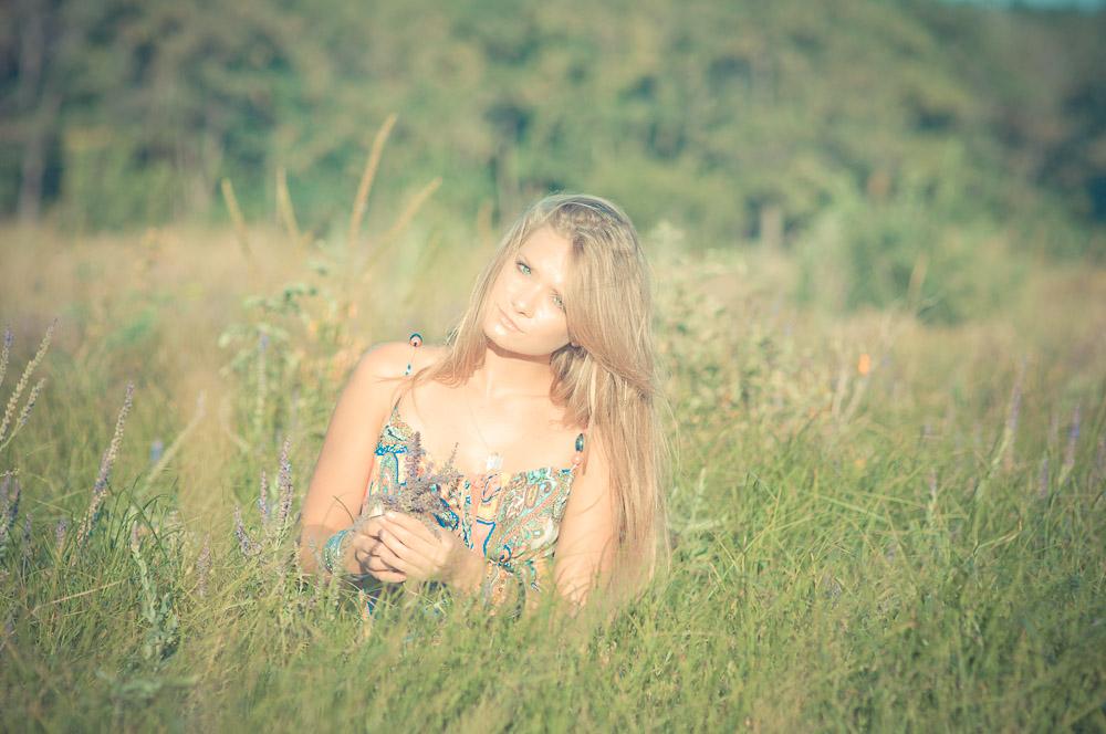 hippie-fotoshooting-russland-im-feld