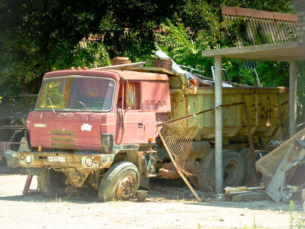 russland-nowotscherkassk-schrott-auto