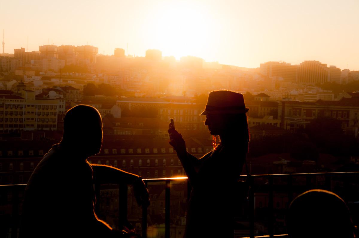 lissabon-portugal-sonnenuntergang-goldene-stunde