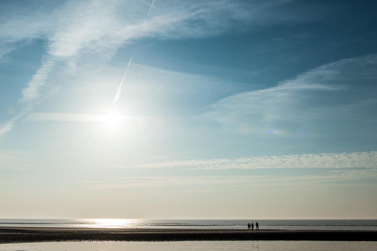 sankt-peter-ordingen-blauer-himmel